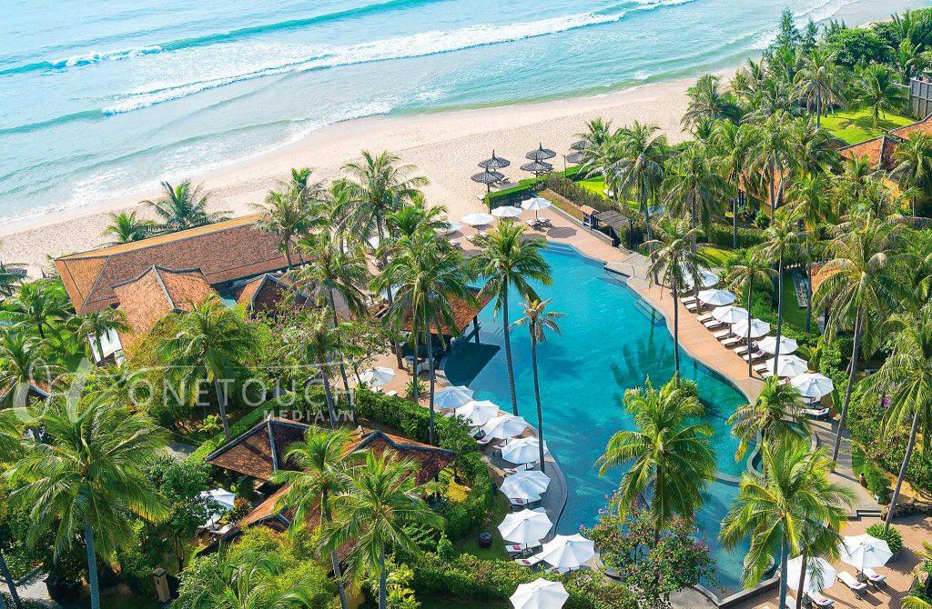 flycam chụp hình resort, khách sạn khu nghỉ dưỡng